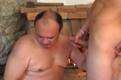 avid daddy chap gets drilled By young Hunk