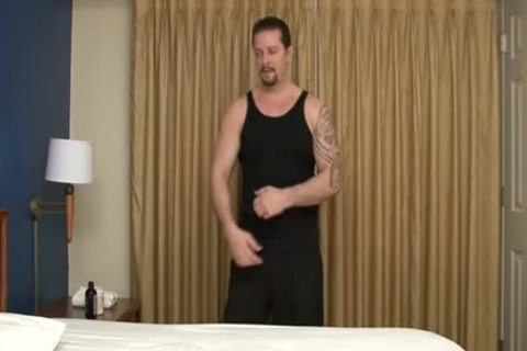 Vinnie D'Angelo receives A fine handjob this day