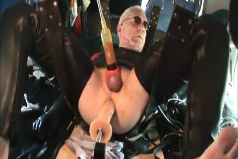Rubber men Geared Machine slammed