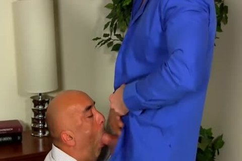Shay Michaels bonks His Annoying Boss Brian In His asshole