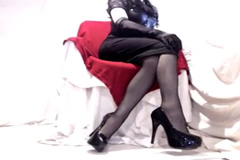 naughty Seamed nylons And Heels