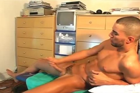 Full video scene: A nice blameless straight lad Serviced His large knob By A lad!