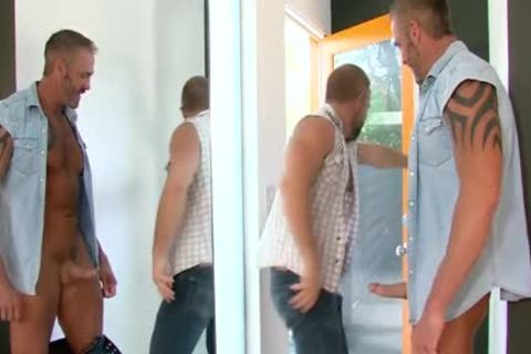 Buff Bear drills butthole - BoyFriendTVcom