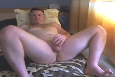 Ginger Cub Exposes His dirty Bits