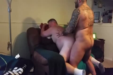 bulky Daddy gets pounded By Muscle Bear