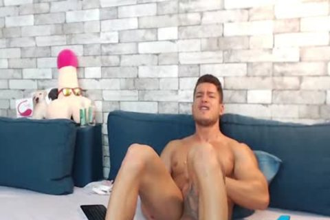 muscular Euro Ethan Joy Cums With An OhMiBod Inside His kinky wazoo