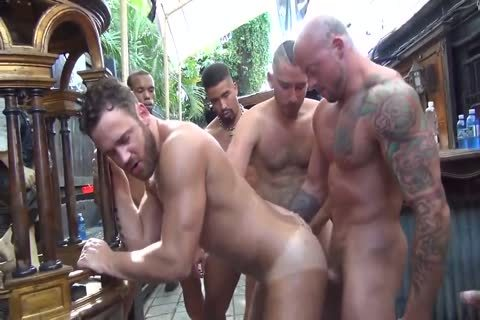 MusclePup Logan Moore receives bunch pounded & Barebacked bone