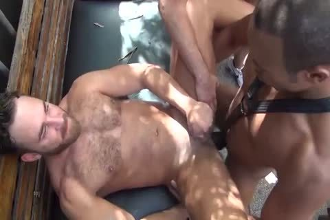 three-three 14 Logan Moore bare bunch team-pounded