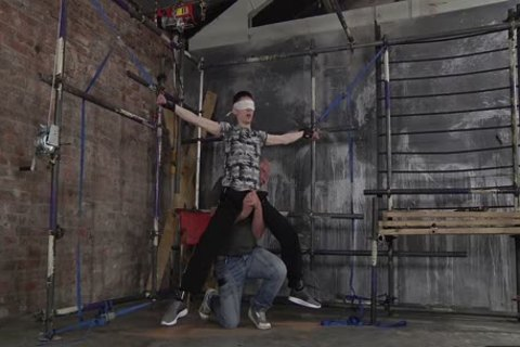 dom Sebastian Kane Gives A nice Whipping To His teen Sub
