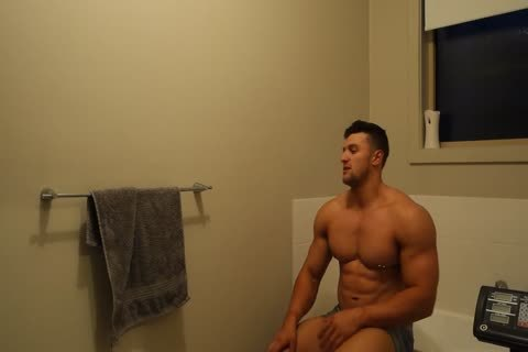 Aussie Muscle fellow Showers