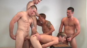 Muscle Worship - Phenix Saint & Johnny Rapid ass Hook up