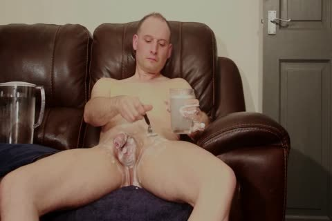 SOFA nude chap SHAVES lovely SOAPY wank cum