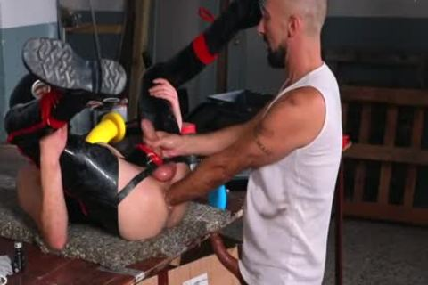 Fisted Rubber Gimp - FISTING And unprotected