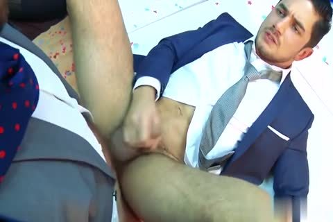 yummy twink friends enjoy oral-job