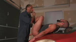 bare Tow Service - Bo Sinn & Shawn Assmore American Hook up