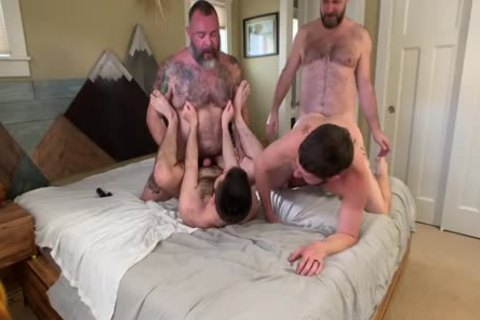 Seattle daddy & His males Pt2
