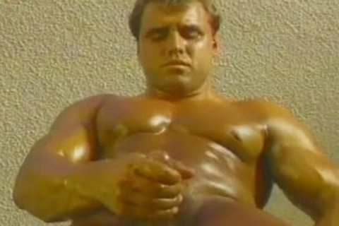 From old man's Closet: Skin Torpedoes (1989)