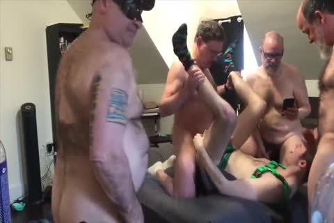gangbang - 4 Top Dads Use young hairy gap: blowjob-BB-HJ-SEEDING