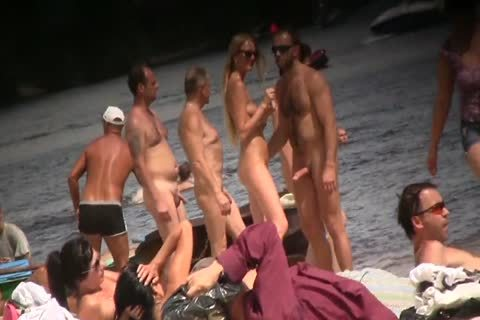 SPYING ON bare men AT THE NUDIST BEACH - VOL 1