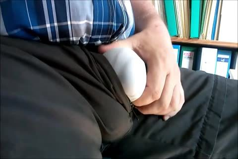 107 The Bull's throbbing Bulge In Cargo-Pants And Briefs