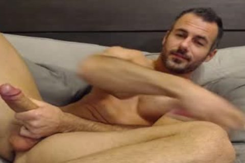 Full Show: gorgeous Straight Daddy Eats His Creamy Load