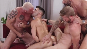 Icon Male - American Ryan Carter bareback licking ass