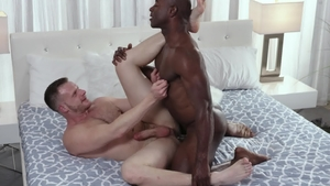 NoirMale - DILF Brian Bonds having fun with Aaron Trainer