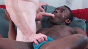 Noir Male: Nick Fitt and Parker Payne anal fucked