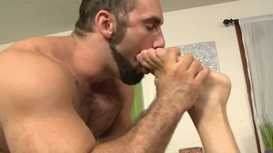 IconMale.com: Hairy Jaxton Wheeler have huge penis