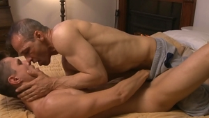 Icon Male: Muscle Rodney Steele shows huge cock