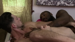 IconMale - Gay Noah Donovan pounded by Roman Todd